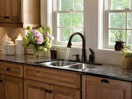 sink u0026 faucet delta rb dst linden single handle pull out kitchen