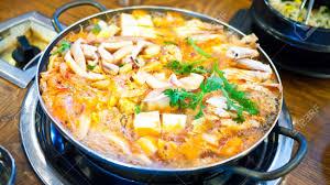 koreanische küche koreanisches essen kimchi eintopf kimchi chigae koreanische