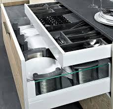 range couverts tiroir cuisine ranger les couverts le sagne cuisines