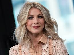 julia hough new haircut julianne hough s new haircut is an easy and stylish way to help