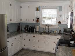 Kitchen With White Appliances by Granite Countertop Kitchens With Oak Cabinets And White