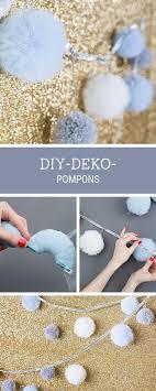 diy baby deko diy anleitung pompons aus tüll als deko für silvester basteln via
