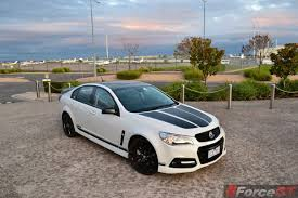 holden ssv 2015 holden commodore ssv redline craig lowndes review forcegt com