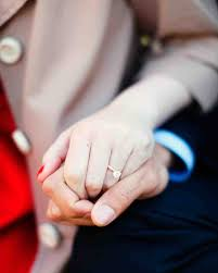 Does The Wedding Band Go Before The Engagement Ring by The First 10 Things You Need To Do Right After You Get Engaged