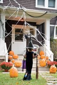 Clever Outdoor Halloween Decorations by 30 Spooktacular Outdoor Halloween Decorations Haunted Woods And