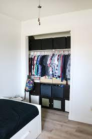 floor and decor boys room easy closet organization and decor ideas