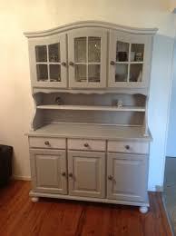 buffet cuisine en pin vaisselier en pin repeint relooking meubles interiors