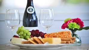 wine and cheese gifts fruit and cheeses wine island paradise cottages apartments