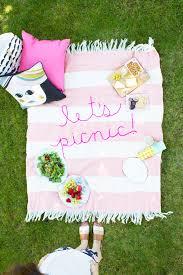 20 gorgeous ideas for hosting a bridal shower picnic brit co