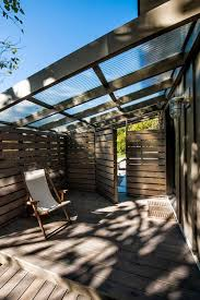Pergola Roofing Ideas by Best 25 Patio Roof Ideas On Pinterest Outdoor Pergola Backyard