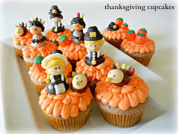 sugar swings serve some thanksgiving cupcakes with pilgrim