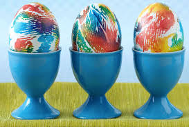 10 easy new ways to decorate easter eggs with kids