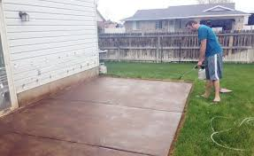 How To Stain Concrete Patio Yourself Staining Concrete Patio Do It Yourself Home Design Ideas