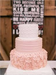 wedding cake mariage wedding cake gâteau de mariage romantique fleurs