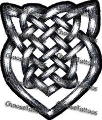 view draw celtic knotwork knot design viking shield in