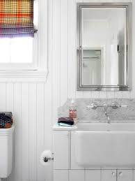 Where To Hang Towels In Small Bathroom 8 Ways To Tackle Storage In A Tiny Bathroom Hgtv U0027s Decorating