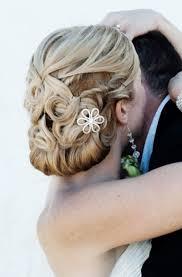 Hochsteckfrisurenen Nackenknoten by Die Besten 25 Hochzeitsfrisur Nackenknoten Ideen Auf