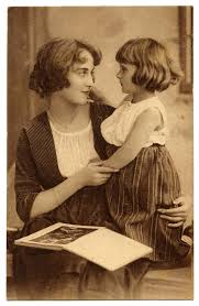 vintage clip art mother and daughter the graphics fairy
