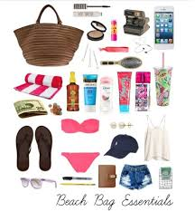 10 Must Bag Essentials What by Best 25 Makeup Bag Essentials Ideas On Travel Makeup