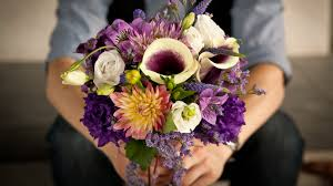 Win With Flower by How To Buy Valentine U0027s Day Flowers The Right Way According To