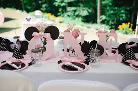 minnie mouse center pieces minnie mouse birthday sweetly chic events design
