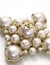 large pearl necklace images Chanel pearl large medallion necklace for sale at 1stdibs JPG