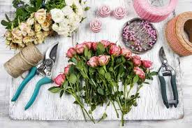 Diy Flower Arrangements How To Make Creative Flower Arrangements Diy Projects Craft Ideas