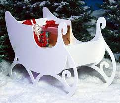 Outdoor Christmas Decorations That Play Music by 22 Best Santa Sleigh Outdoor Images On Pinterest Christmas Ideas