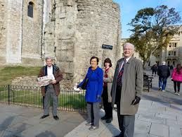 Bill Likes To Travel Be - 2016 10 14 tower of london tour dick denise cathy bill the