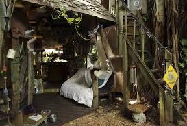 Treehouse Cleveland - florida grandmother tries to save u0027illegal u0027 treehouse home ny