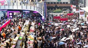 Make Up Di Bangkok ribuan orang di bangkok antre demi diskon produk make up batok