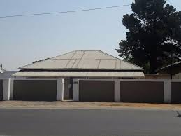 8 bedroom house for sale in parys