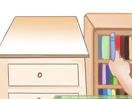 How To Place Furniture In A Bedroom by How To Organize Papers Books And Objects In A Bedroom 10 Steps