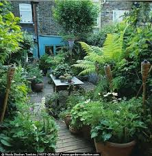 Small Backyard Garden Ideas 25 Beautiful Small Backyard Gardens Ideas On Pinterest Small