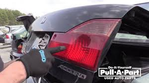 Cheap Tail Light Assembly How To Remove A Honda Tail Light Assembly 1997 2002 Honda Accord