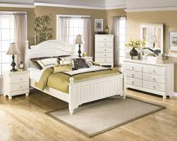 Bedroom Sets At Ashley Furniture Ashley Furniture Cottage Retreat Poster Bedroom Set Best Priced
