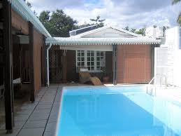 chambre d hote gilles les bains chambres d hôtes bois d éden chambres gilles les bains lagon