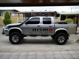 2000 nissan frontier lifted cesarqd32 2001 nissan frontier regular cab specs photos