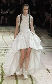 royal wedding alexander mcqueen tipped to design kate middleton u0027s