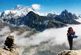 film everest in berlin climbing to mt everest base c how anyone can make the hike