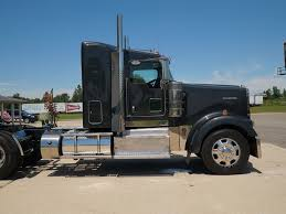 kenworth dealerships near me 131 truck sales