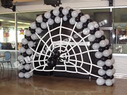halloween baloons black and white halloween balloon arch would also look good with