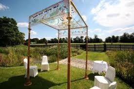 how to make a chuppah a chuppah huppah to fit your wedding style weddings