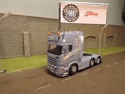 100 scania 1 32 32 tonne double drive tipper grabs mv