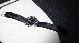K Henm El Uhren Mützen Kleidung Und Accessoires Von Ferrari
