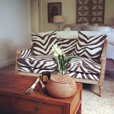 Banquette Furniture Ebay Ralph Lauren Tangiers Zebra On A Vintage Sofa Ebay Find Stripped