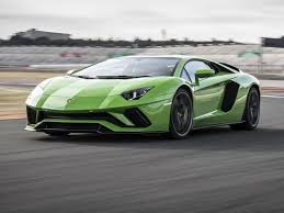 lamborghini aventador per gallon 2017 lamborghini aventador s feels like flying