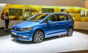 volkswagen hatchback 2016 all new volkswagen touran debuts u2013 news u2013 car and driver car and