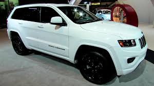 jeep cherokee white with black rims 2014 jeep grand cherokee laredo exterior and interior walkaround