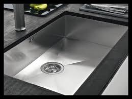 poubelle cuisine encastrable dans plan de travail poubelle cuisine encastrable luxe photographie poubelle cuisine avec